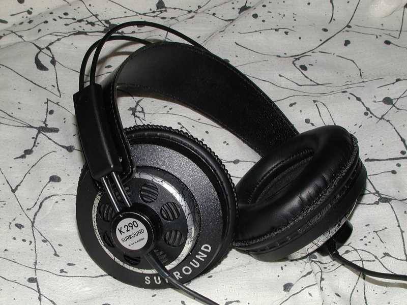 AKG K 290 NC Headphones